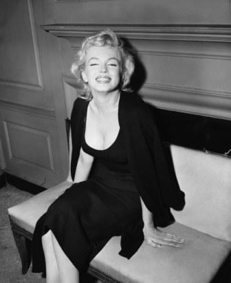 Мерилин Монро фото в черном