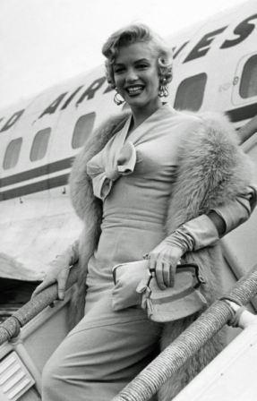 Мерилин Монро фото самолет