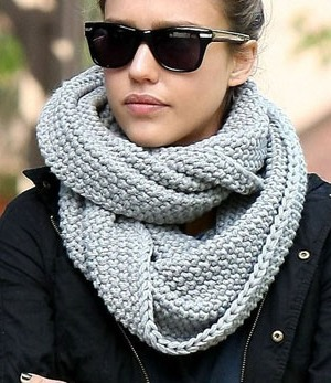 http://youfancy.ru/images/stories/myimg/stylist/scarves-2.jpg